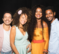 QUANDO A GENTE AMA - Um musical com os sambas de Arlindo Cruz