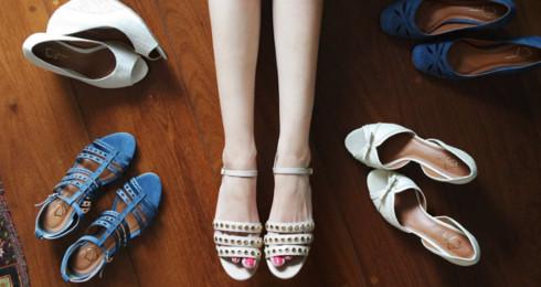 9394a2219 Benefício em calçados e acessórios femininos na Regina Rios   Clube ...